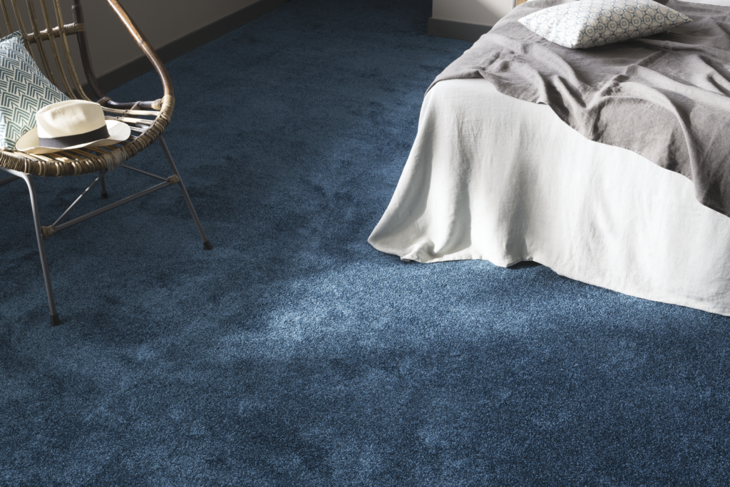 72 dpi 409t roomset carpet feelings 180 blue 3 1024x683 - Ковровое покрытие Balsan Feelings 510
