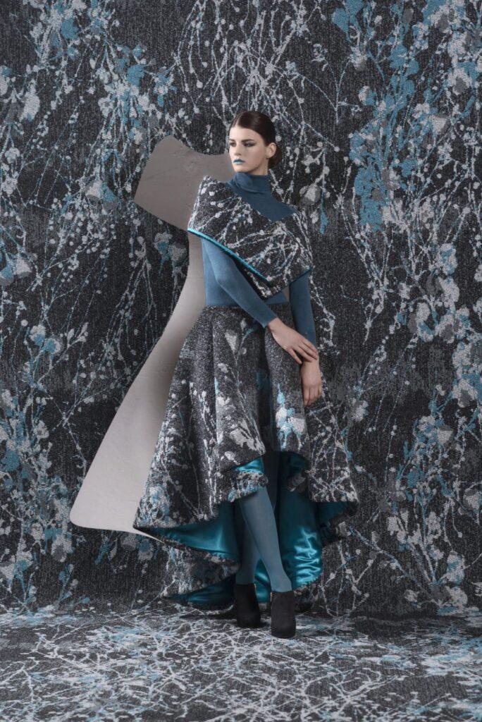 72 dpi 4a3r roomset carpet lily 991 blue 1 684x1024 - Ковровое покрытие Balsan Lily 991