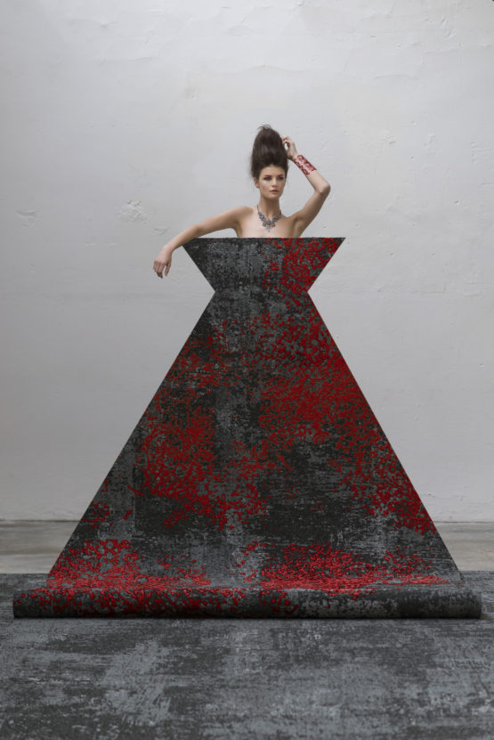 72 dpi 4a3v roomset carpet ilda 995 red 1 555x831 - Ковровое покрытие Balsan Ilda 995