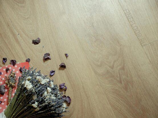 ff 1408 1 555x416 - Кварц-виниловая плитка FineFloor Wood DryBack FF-1408 Дуб Квебек
