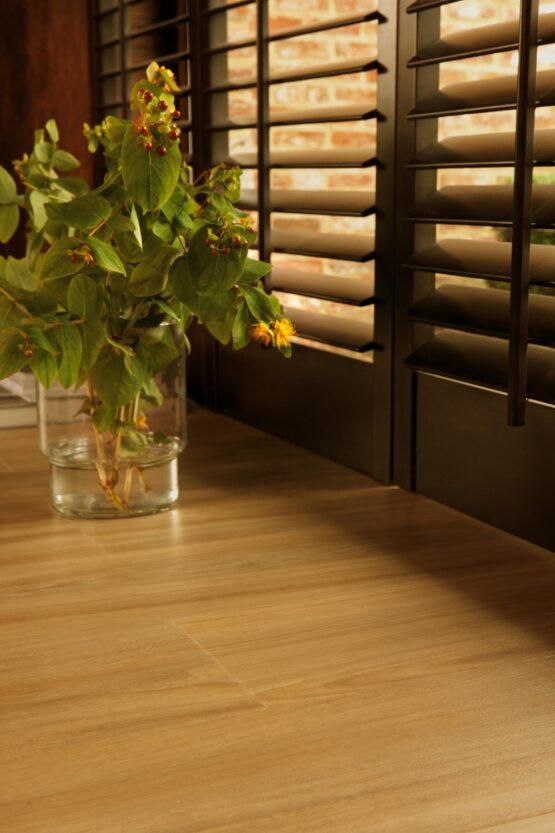 ff 1472 2 555x833 - Кварц-виниловая плитка FineFloor Wood DryBack FF-1472 Дуб Монца