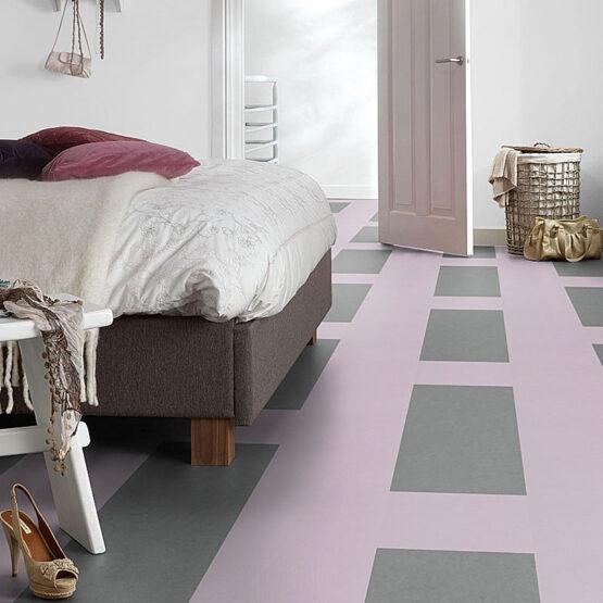 forbo marmoleum click square 333363 4 1 555x555 - Marmoleum Click 333363 lilac